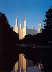 Washington D.C. Temple During the Day - Print